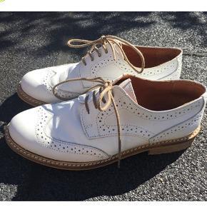 Flotte sko minder lidt om Dr. martens