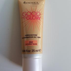 Rimmel Good to Glow highlighter 25 ml i farven 002 Piccadilly Glow