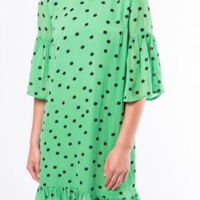 Ganni kjole med prismærke 🌸🌸👗