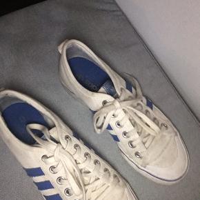 Adidas originals Nizza sneakers.