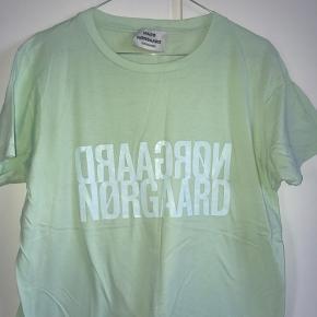 Lækker t-shirt fra sommerens kollektion