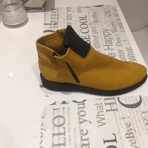 35db1515f2d Lækre skindstøvler fra Askepot sko nypris 2095(fås stadig)