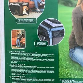 Hundebur, Karlie - Authetic Dog Sport Helt ny og ubrugt. Målene er ca. 76 cm x 51 cm x 48 cm. Vores hund kan desværre ikke passe den. Sender evt. gerne.