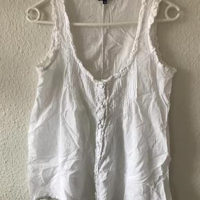 Varetype: Amisu Farve: Hvid  Sælges kun ved køb af andet :)