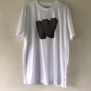 Helt ny Wood Bird t-shirt  Nypris 300kr Str M