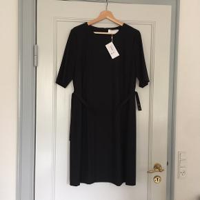 HUGO BOSS kjole