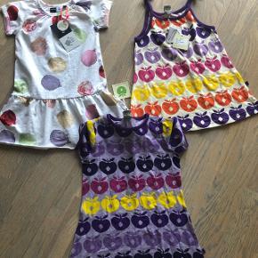 Småfolk kjoler str 92-98 nye mp 100 pr stk Molo kjole str 92. Ny mp 150