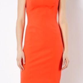 Super flot kjole, som er brugt en gang  Str uk 8