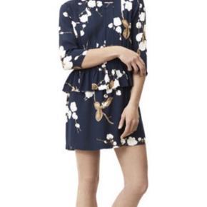 Fineste kjole fra Ganni. Super stand, ingen huller eller pletter