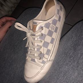 2b88ccf91f2 Fine Louis vuitton sneakers. De er gode men brugte, hvilket også kan ses.