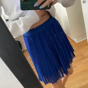 Brand new skirt! Never used💙🦋  #secondchancesummer