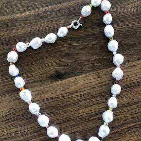 Perlekæde. Ægte perler. Købt i Holly Golightly april 2019. Aldrig brugt