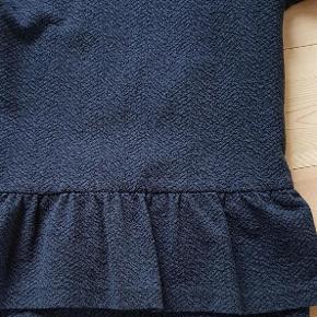 Varetype: Kjole Farve: Blå