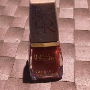 Helena Rubinstein negle & manicure