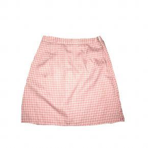 💕  Tags #genbrug #00'er #90'er #80'er #pink #indie #hellokitty #vintage