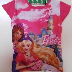 Barbie T-shirt str 92/98gmb.