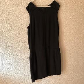 Robe noire légère taille 38 marque Body Flirt