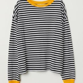 Langærmet t-shirt fra H&M, super behagelig. Brugt to gange