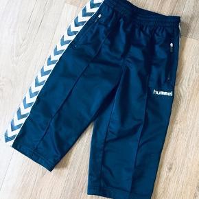 Lækre Hummel shorts str 152