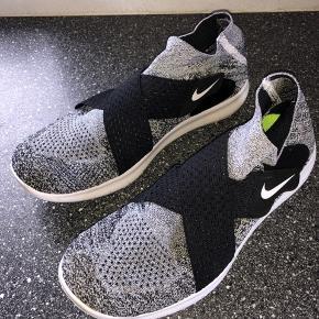 Nike Run Natural, lækker sko! Jeg vil nok sige, at det passer en str. 38