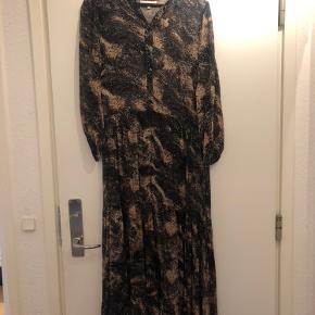 Fin kjole fra Boii :)