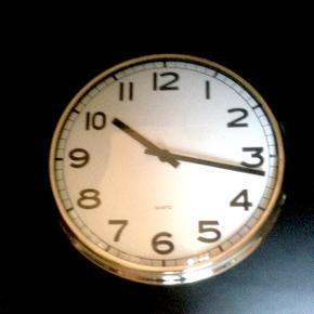 Dejligt rundt ur 31 diameter.