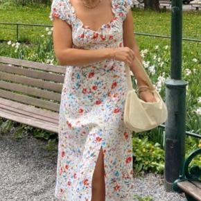 Itsmay kjole