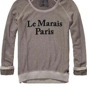 Lækker sweatshirt fra Maison Scotch. Den har været brugt flere gange, men standen er stadigvæk god. Nyprisen var omkring 800.