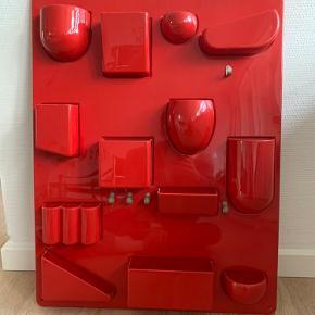 Klassisk retro! Opbevaringsdekoration i højrød.