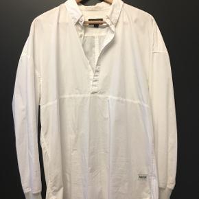 Smart anorak skjorte fra Zanerobe.