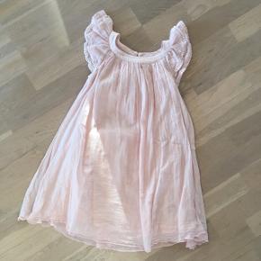 Kjolen er nsn kun brugt 2 gange.