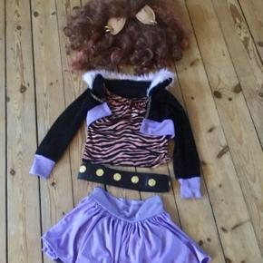 Monster High udklædning   -fast pris -køb 4 annoncer og den billigste er gratis - kan afhentes på Mimersgade 111 - sender gerne hvis du betaler Porto - mødes ikke andre steder - bytter ikke