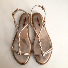 Prada sandaler str 37