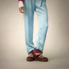 Smukkeste bukser i butikkerne nu