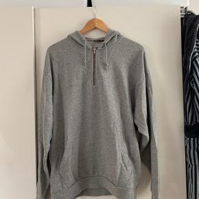 Sælger denne sweater fra asos som er mega fed og sidder godt Fitter s m Nypris var 300 Byd endelig