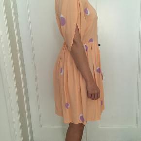 NU NEDSAT TIL 330kr!!  Yndig Goya-kjole i medium. Brugt 2 gange. Så god som ny! :)