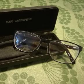 Karl Lagerfeld anden accessory