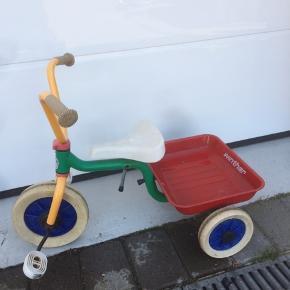 Trehjulet Winther cykel  Den har lidt rust og skrammer  Afhentes i skads