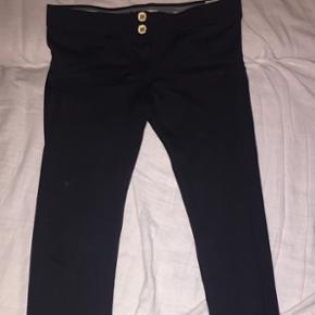 Freddy Wr.Up bukser, nypris 1200 brugt få gange da de slags bukser ikke er mig alligevel :)