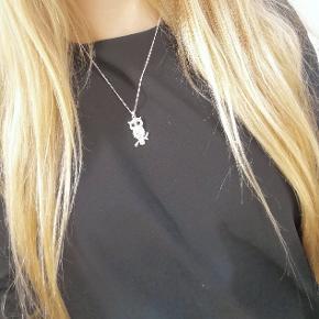 Halskæde af ugle med diamanter 🦉 Kan sendes eller afhentes i Kolding/Egtved