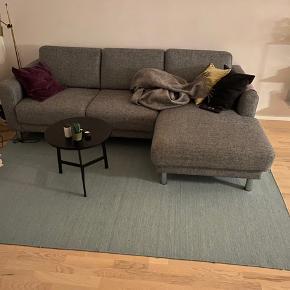 Mintgrønt tæppe (200x250 cm) Tæppet er to år gammelt, men i flot stand 🟢