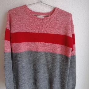 Minus sweater