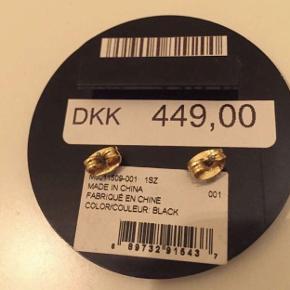 Sælger disse Marc Jacobs øreringe som jeg fik i gave, aldrig brugt☺️