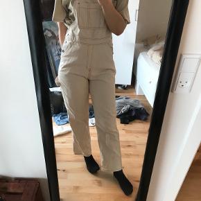 Weekday buksedragt