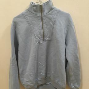 Sweatshirt fra Polar Lidt krøllet men den skal bare stryges lidt Ny pris 750kr