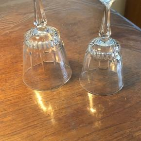 France Statoil glas. 10kr pr stk. Har 8 rødvin og 4 hvidvin