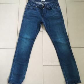 Only & Sons regular jeans str.30/32Nypris 400kr Kan sendes med DAO for 38kr📦