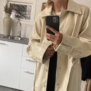 Gina Tricot trenchcoat