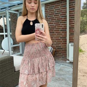 Second Female nederdel