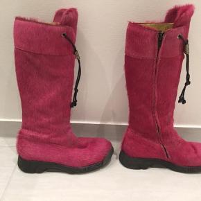 Super fede pink Bumper støvler i rigtig god stand. Sælges hurtigt 💕